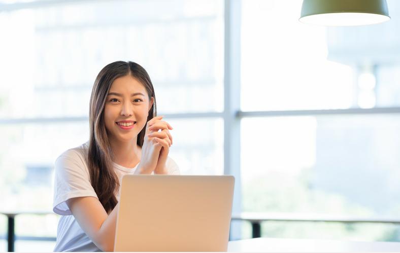 适合女生的长久职业五:互联网从业人员